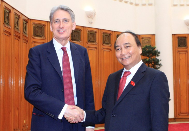 Vietnam llama a mayor inversión de empresas británicas en su mercado - ảnh 1