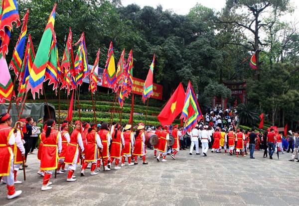 Conmemoración de los Reyes Hung, de vuelta al origen de los vietnamitas - ảnh 1