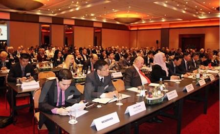 Vietnam copreside seminario de promoción inversionista de ASEAN en Alemania  - ảnh 1