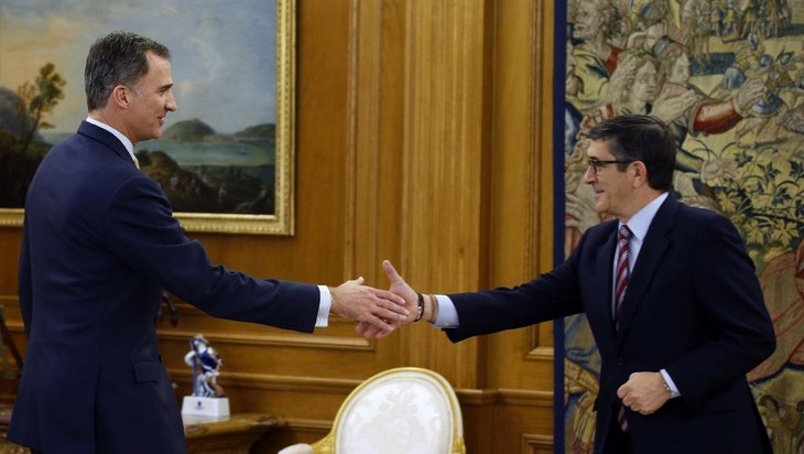 Partidos españoles reinician conversaciones sobre formación del nuevo gobierno   - ảnh 1