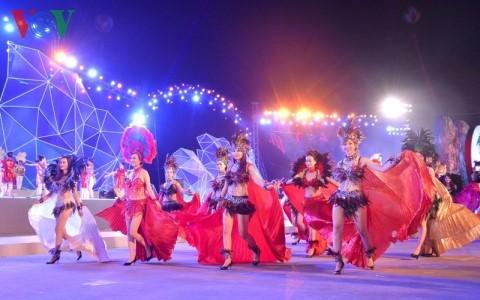 Inaugurado Carnaval de Ha Long 2016 - ảnh 1