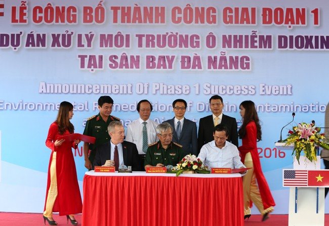 Anuncian positivos resultados del tratamiento de tierras afectadas de dioxina en Da Nang - ảnh 1