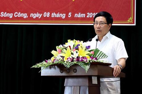 Canciller vietnamita se reúne con electores de provincia de Thai Nguyen - ảnh 1