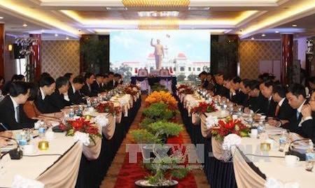 Ciudad Ho Chi Minh y Shanghai de China robustecen lazos  - ảnh 1