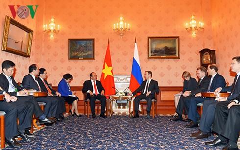 Refuerzan relaciones de amistad y asociación estratégica Vietnam-Rusia - ảnh 1