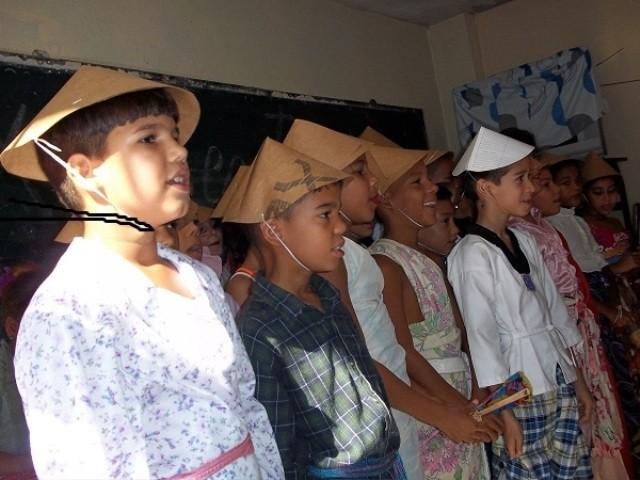 Ratifican niños cubanos su admiración por Martí, Ho Chi Minh y Vietnam - ảnh 2