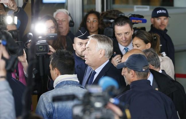 Francia afirma no tener constancia de las causas del avión accidentado de Egyptair - ảnh 1