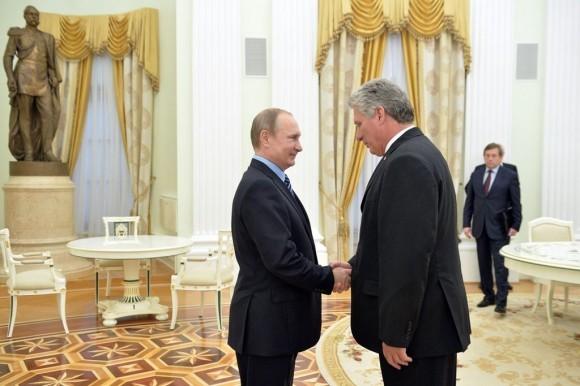 Vicepresidente cubano se reúne con dirigentes rusos en Moscú - ảnh 1
