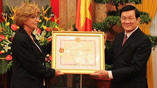 Presidente Ho Chi Minh en ojos de su ahijada francesa - ảnh 2