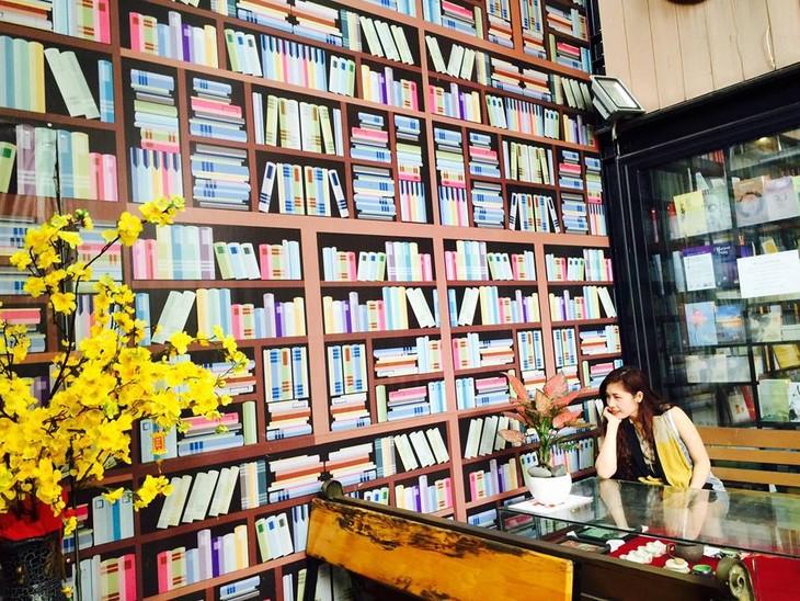 Calle de los libros de Ciudad Ho Chi Minh, senda de la nueva primavera - ảnh 1