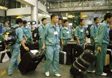 Proyecta Vietnam enviar 105 mil trabajadores al exterior en 2017 - ảnh 1