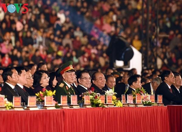 Premier vietnamita apoya proyecto de desarrollo de provincia norteña - ảnh 1