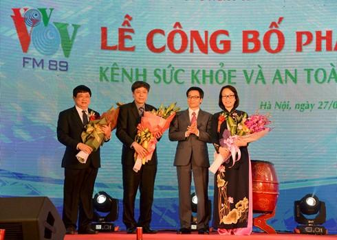 Vice premier vietnamita asiste a inauguración de nuevo canal de Radio Nacional - ảnh 1