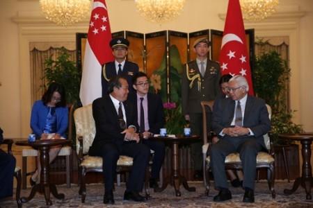 Vietnam y Singapur vigorizan relaciones  - ảnh 1