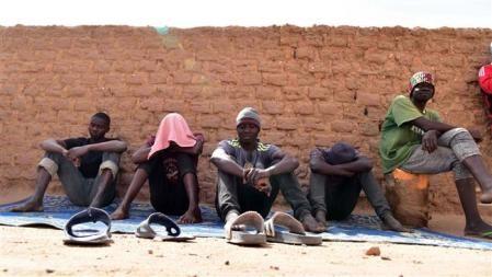 Miles de refugiados salvados en el desierto de Níger por la ONU - ảnh 1