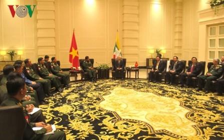 Líder político vietnamita recibe al presidente de la Asociación de Amistad Myanmar-Vietnam - ảnh 1