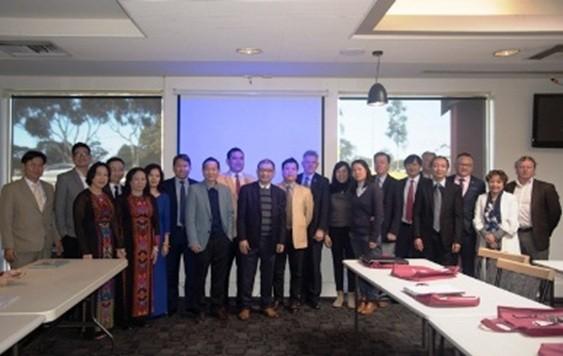 Localidades vietnamitas impulsan actividades de promoción comercial e inversionista - ảnh 2