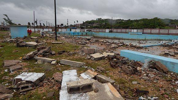 Vietnam expresa su solidaridad con el pueblo cubano tras el paso del potente huracán - ảnh 1