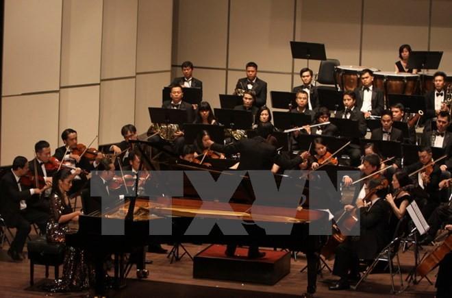 Artistas de Vietnam y España ofrecen un concierto de Beethoven en Ciudad Ho Chi Minh - ảnh 1
