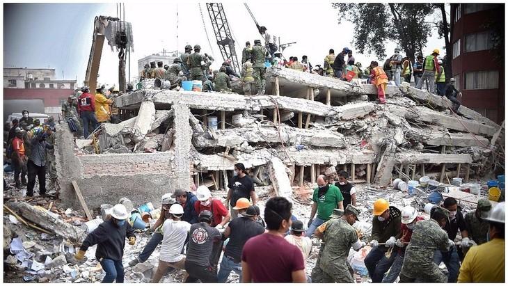 Sigue aumentando el número de víctimas fatales en el terremoto en México - ảnh 1
