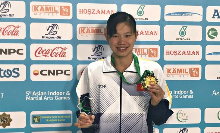 Nguyen Thi Anh Vien establece un nuevo récord en los AIMAG 2017 - ảnh 1