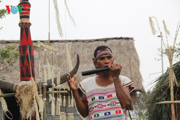El rito de sacrificio del búfalo en la comunidad étnica Ma - ảnh 1