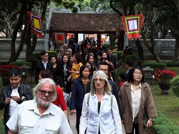 Vietnam recibe a más de cuatro millones de turistas extranjeros en primer trimestre - ảnh 1