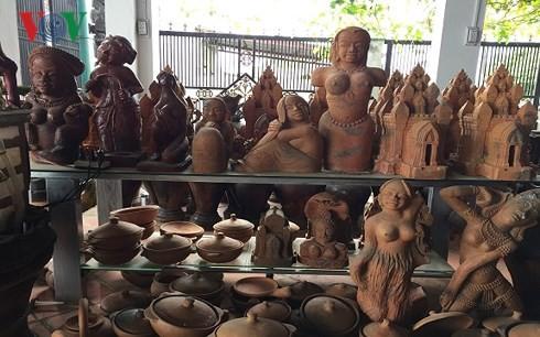 Aldea ceramista tradicional de Bau Truc, un destino atractivo para visitantes - ảnh 1