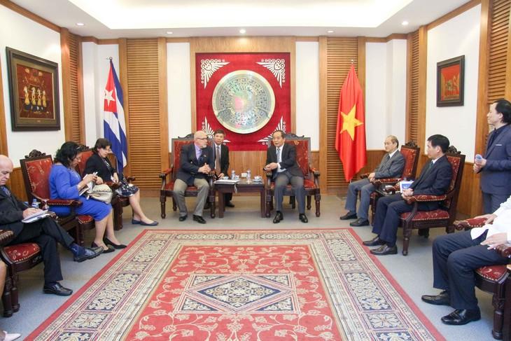 Vietnam y Cuba refuerzan cooperación en deporte  - ảnh 1