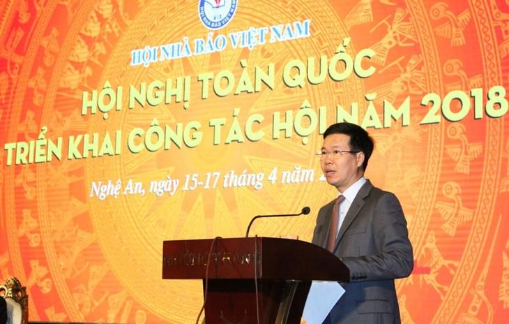 Urgen a la prensa vietnamita a renovarse y ser más dinámica - ảnh 1