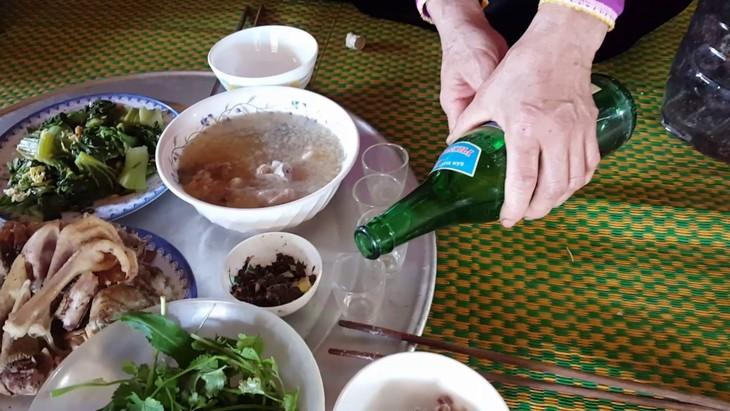 La ancestral invocación a los muertos en las comidas de los Thai  - ảnh 2