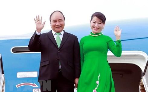 Primer ministro vietnamita realiza visita oficial a Singapur - ảnh 1
