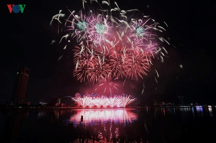 Inaugurado festival pirotécnico internacional de 2018 en Da Nang - ảnh 1