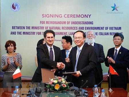 Vietnam e Italia cooperan en protección ambiental - ảnh 1
