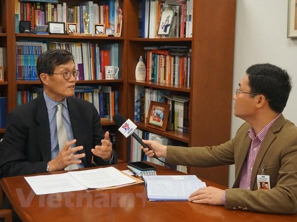 Experto del FMI ensalza los avances de la economía vietnamita - ảnh 1