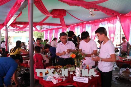 Enaltecen el papel de la familia en el desarrollo de la sociedad vietnamita - ảnh 1