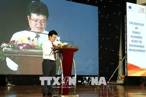 Conmemoran en Vietnam el Día Mundial de la Población - ảnh 1