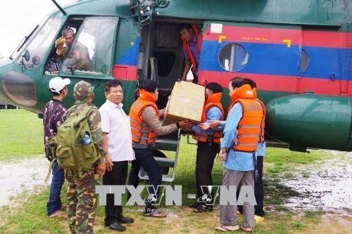 Entidades vietnamitas ayudan a las víctimas del colapso de represa en Laos - ảnh 1