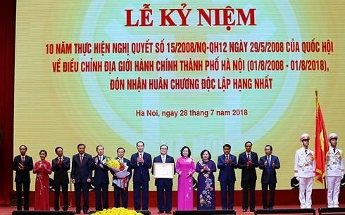 Capital vietnamita celebra 10 años de su nueva demarcación administrativa - ảnh 2