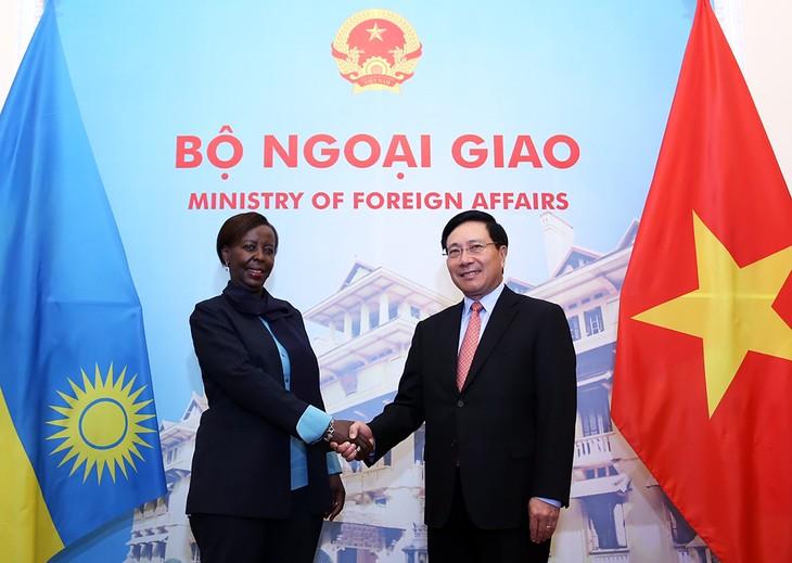 Vietnam ratifica su interés de fortalecer relaciones con Ruanda - ảnh 1