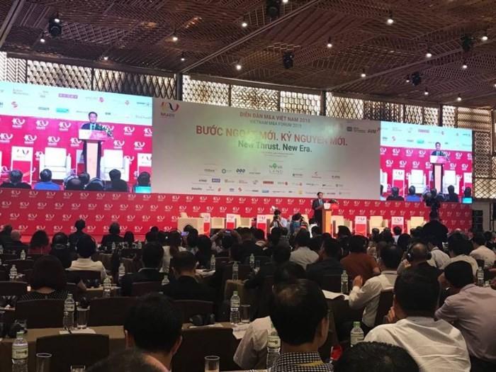 Prometen estabilidad macroeconómica y recorte de trámites a favor de los inversionistas en Vietnam - ảnh 1