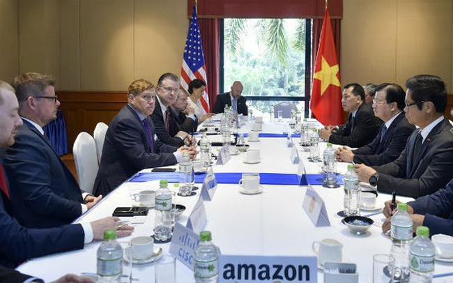 Dirigente vietnamita se reúne con representantes de grandes empresas estadounidenses - ảnh 1