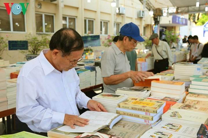 Inauguran Feria de Libros Hanói 2018 - ảnh 1