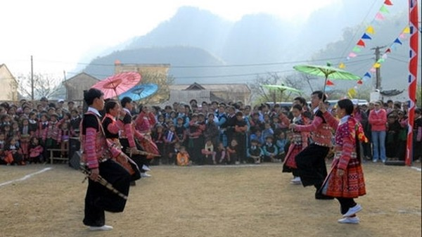 Los Mong festejan el Tet tradicional - ảnh 1