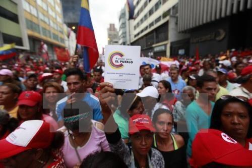 Venezuela ante el riesgo de una guerra civil - ảnh 1