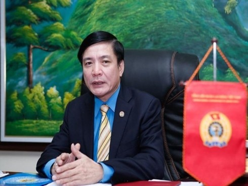 Obreros técnicos motivarán el desarrollo de Vietnam en la era 4.0 - ảnh 1