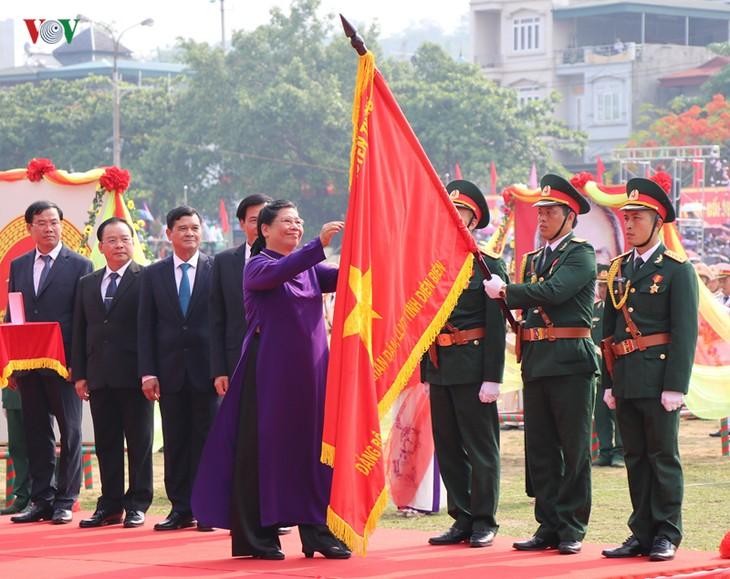 Conmemoran el 65 aniversario de la victoria de la batalla de Dien Bien Phu - ảnh 2