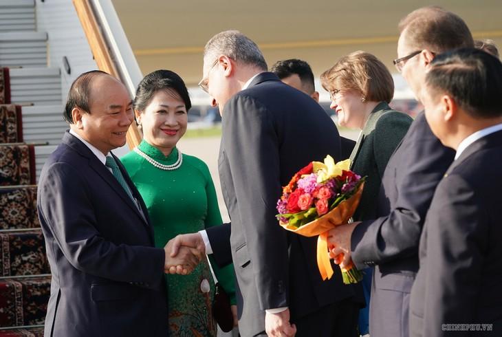 Premier vietnamita se reúne con compatriotas residentes en Rusia - ảnh 1