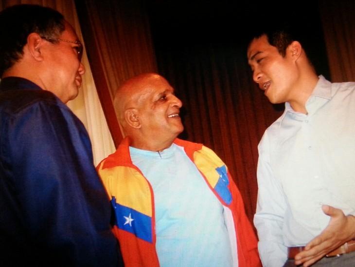 Recuerdan al combatiente venezolano y el gesto de solidaridad de la guerrilla caraqueña con Vietnam - ảnh 1