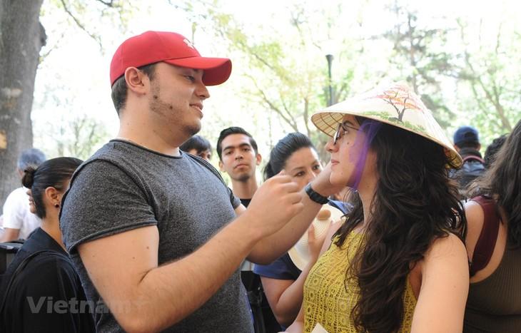 La cultura de Vietnam exaltada en feria internacional de México - ảnh 1